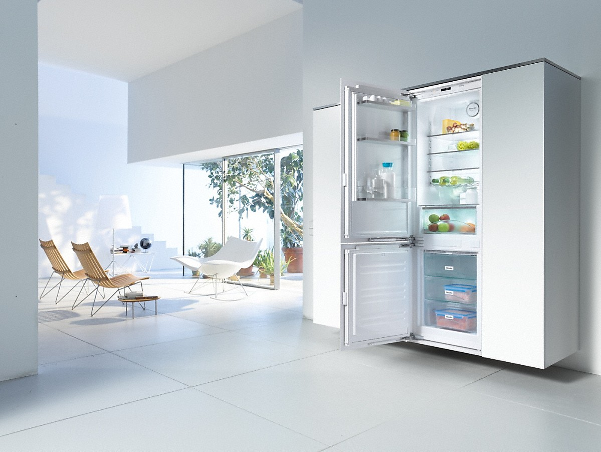 miele kfns 37432 id built in fridge freezer combination. Black Bedroom Furniture Sets. Home Design Ideas